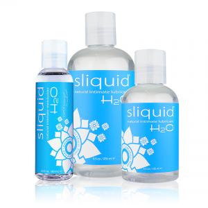 Sliquid H2O Group Shot Close Up